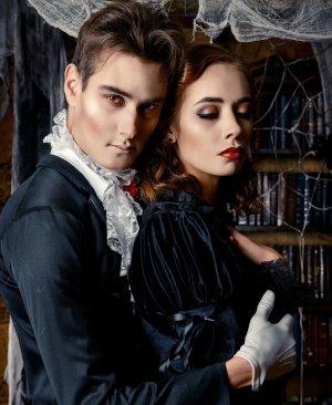 gothic kleidung f r ladys und gentlemen mythos aera. Black Bedroom Furniture Sets. Home Design Ideas